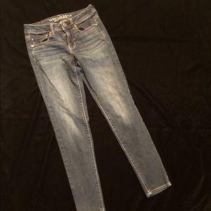 American Eagle | Super Skinny Jeans - Size 2